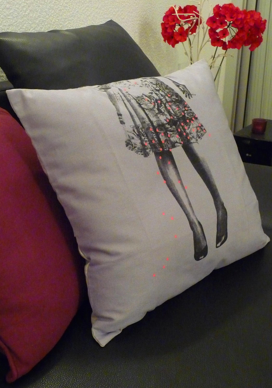 ce coussin c est le mien fl neries d 39 une bordelaise. Black Bedroom Furniture Sets. Home Design Ideas