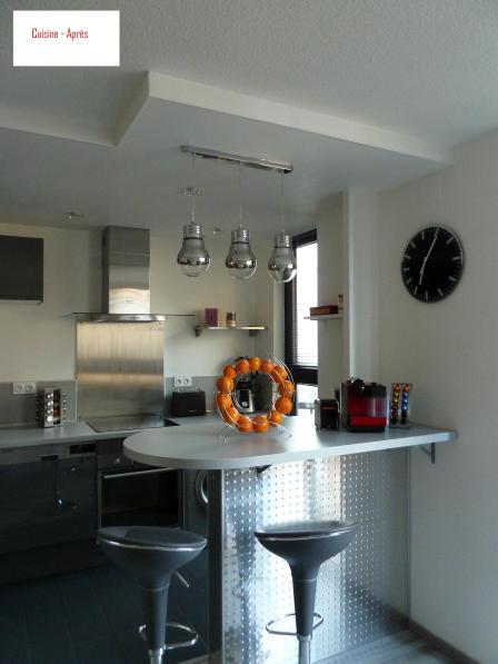 Poser du placo, faire un fau plafond, tout poser la cuisine (avec des adaptations bien sur), créer un bar au feeling...