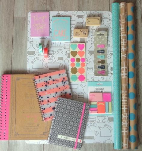 Carnets, tampons, post-it... Le plein pour la rentrée